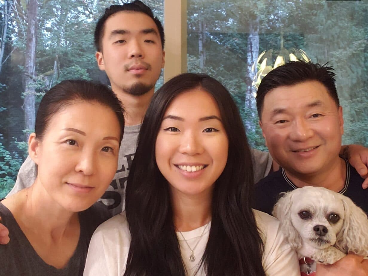 Ji with her family